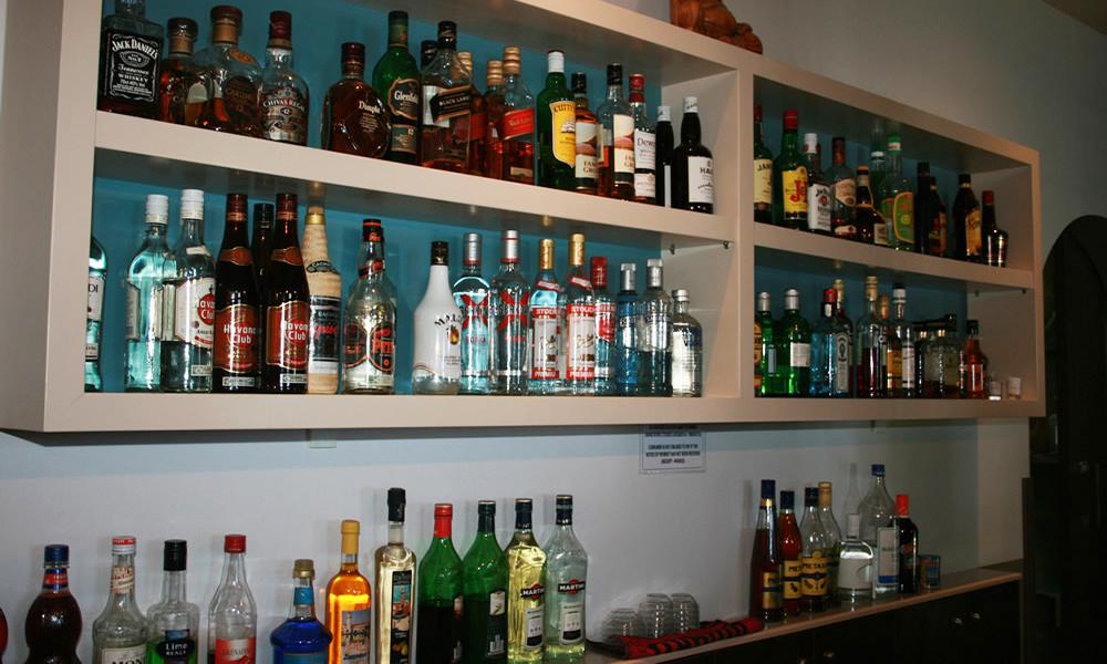 Artemis Rooms & Cafe - Άρτεμις ενοικιαζόμενα δωμάτια & café - Βόρεια Εύβοια - Πευκί